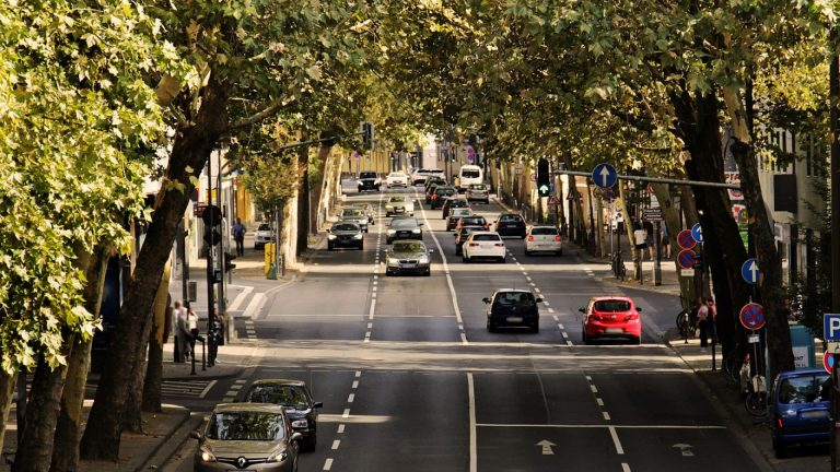 Un mandataire auto est-il nécessaire pour un achat à l'étranger ?